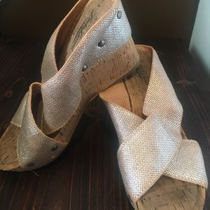 Lucky Brand Metallic Wedge